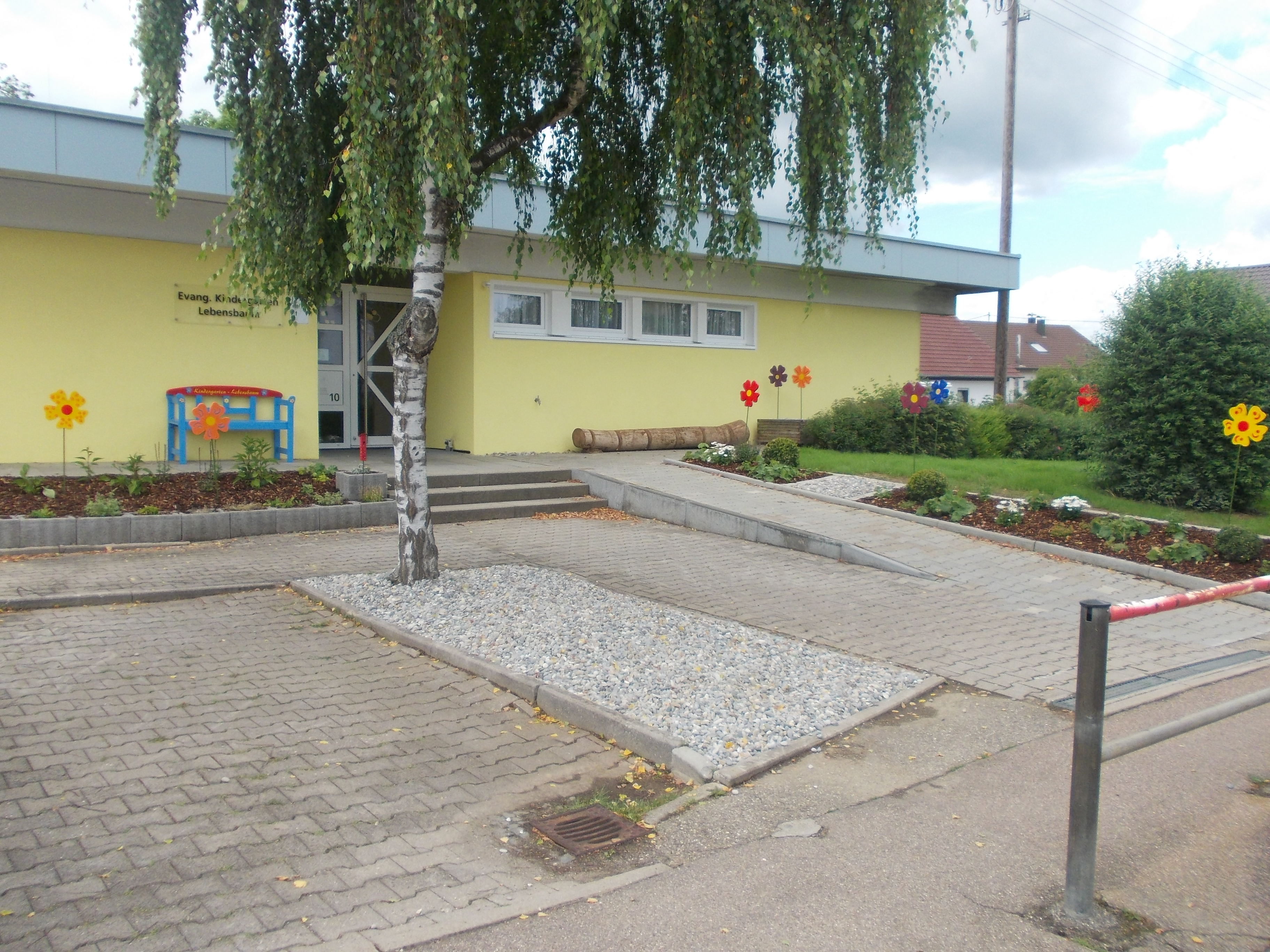 Evangelischer kindergarten lebensbaum in fachsenfeld for Evangelischer kindergarten